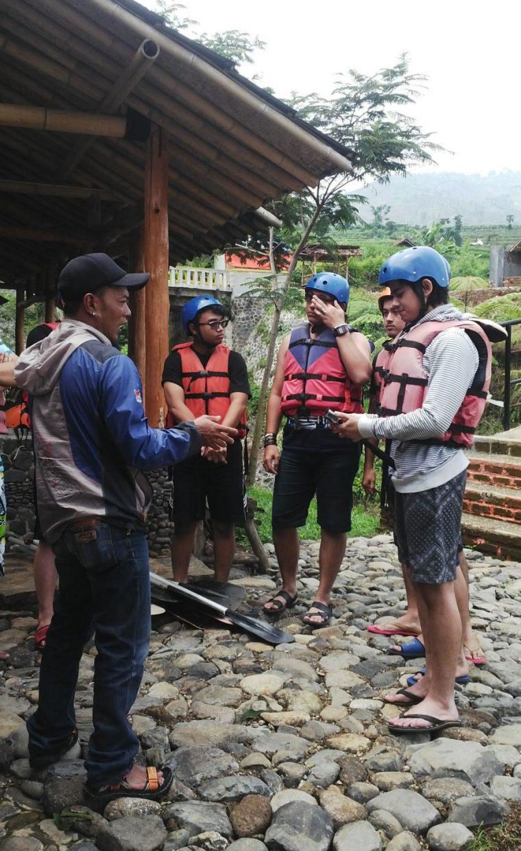 aliando rafting